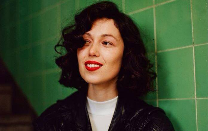 "Kelly Lee Owens – ""Uncertain"""