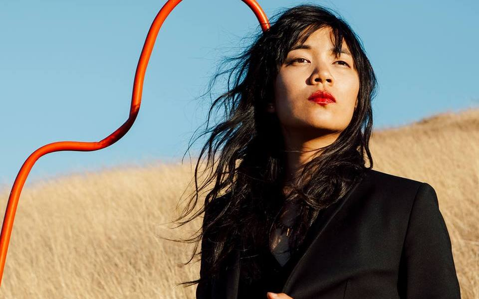 """Thao & The Get Down Stay Down – """"Nobody Dies"""""""
