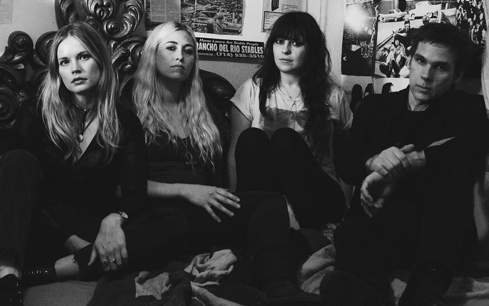 "Death Valley Girls – ""I'm A Man Too"""