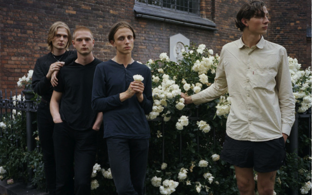 """Communions – """"Don't Hold Anything Back"""""""