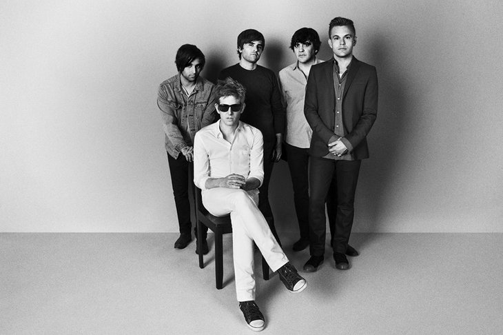"""Spoon – """"Hot Thoughts"""""""