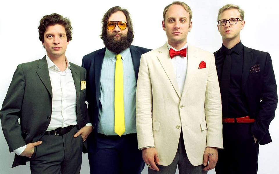 "Deer Tick – ""Sea of Clouds"", ""It's A Whale"""