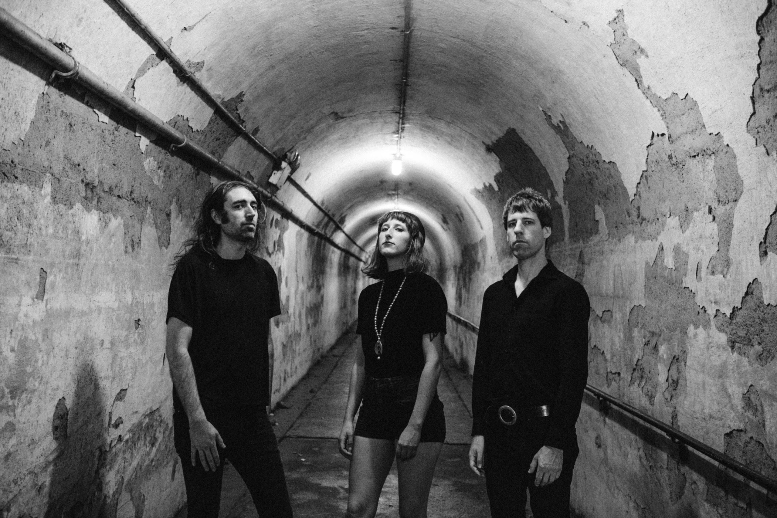 """A Place To Bury Strangers – """"Never Coming Back"""""""