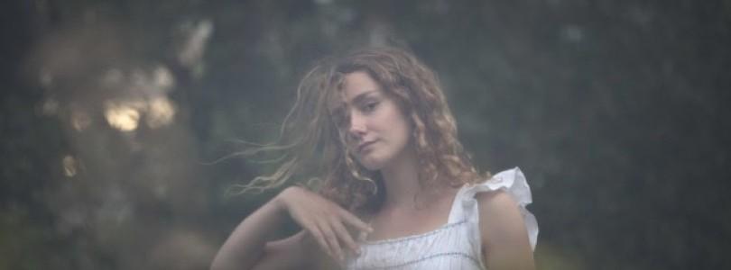 Alexia Avian – Betting On An Island
