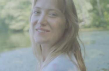"Cornelia Murr – ""Who Am I To Tell You"""
