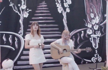"Bleached – ""Shitty Ballet"""