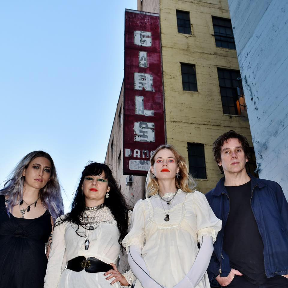 "Death Valley Girls – ""Dream Cleaver"""