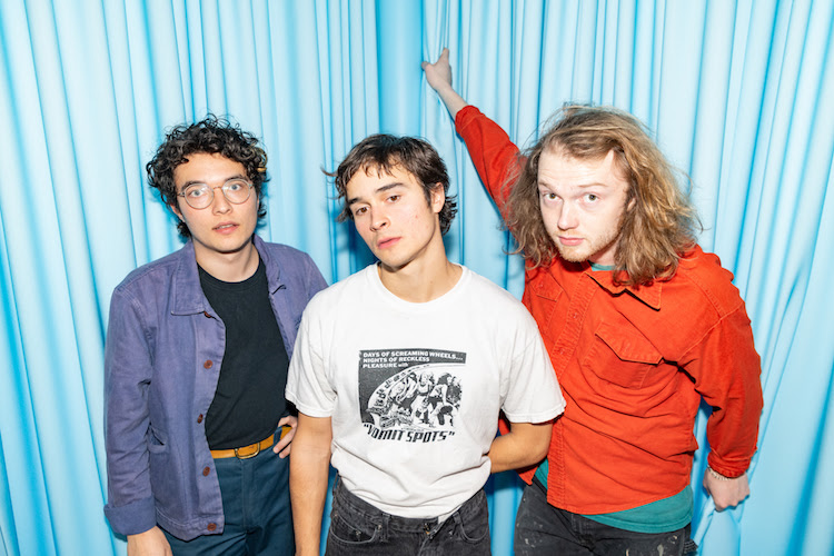 """Naked Giants – """"High School (Don't Like Them)"""""""